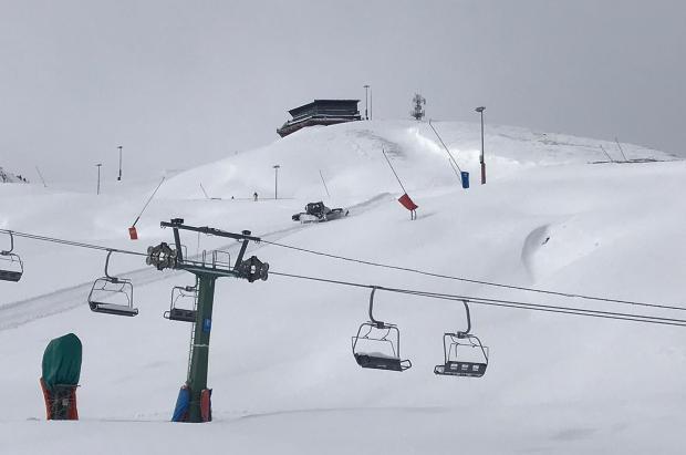 El esquí de travesía, un peligro para las estaciones cuando no están abiertas y se trabaja en pistas