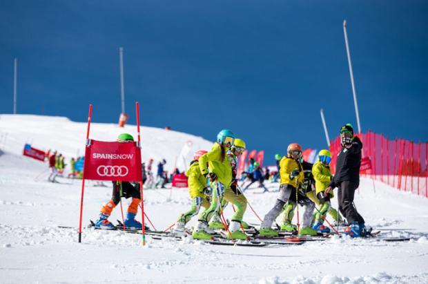 Actualización y reciclaje para técnicos de esquí alpino de la Escuela Española de Esquí
