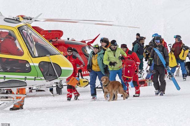 4 avalanchas: 3 en Austria y 1 en Suiza, con al menos dos heridos y personas atrapadas