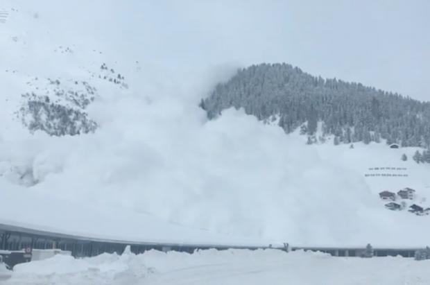 Vídeo de la impresionante avalancha de nieve en Davos