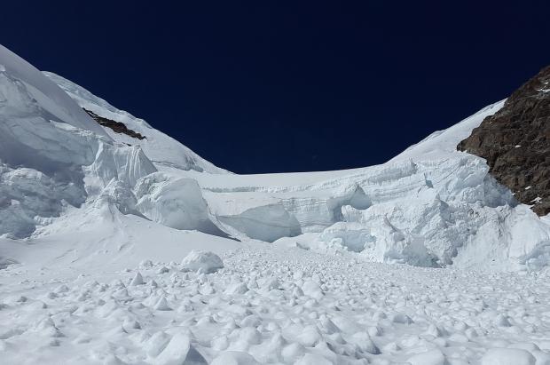 Diez mandamientos para reducir el riesgo y salir vivo en caso de avalancha