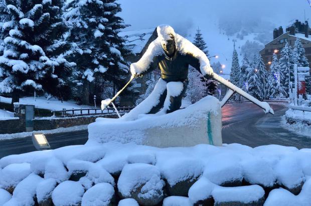 Los 30 cm de nieve recién caídos impulsan a Baqueira Beret hasta los 62 km esquiables