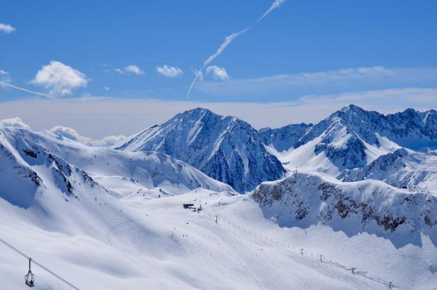 Las estaciones de esquí catalanas alertan: la crisis del Covid-19 afectará la próxima temporada