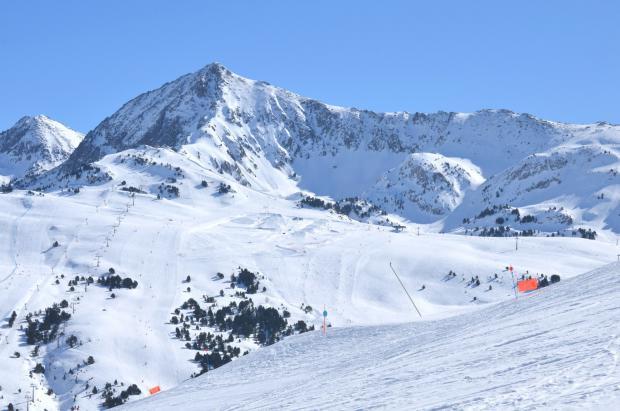 Baqueira te invita a participar en el Carnaval con un original Ski Rally Fotográfico de disfraces