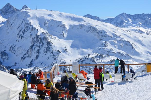 Baqueira Beret cierra un gran Puente doblando la cifra de esquiadores del año pasado