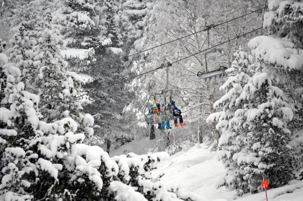 """La primera """"escapada"""" del año anima las pistas de esquí catalanas"""