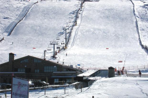 La estación de Sierra de Béjar-La Covatilla abrirá el próximo 28 de noviembre si la nieve lo permite