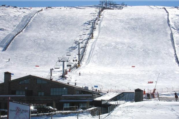 Balance del invierno en La Covatilla: unos 33.000 visitantes y un ligero beneficio