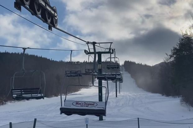 Maine aprueba 135 millones de dólares para construir una nueva estación de esquí