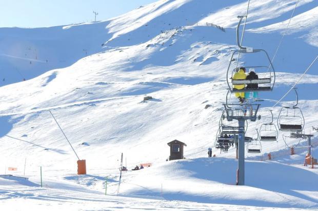 FGC invertirá 13,5 millones para mejorar la estación de esquí de Boí Taüll