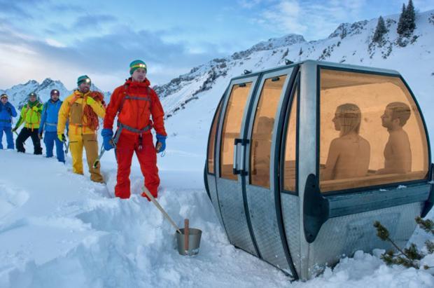 Las viejas cabinas de los remontes suizos transformadas en originales saunas