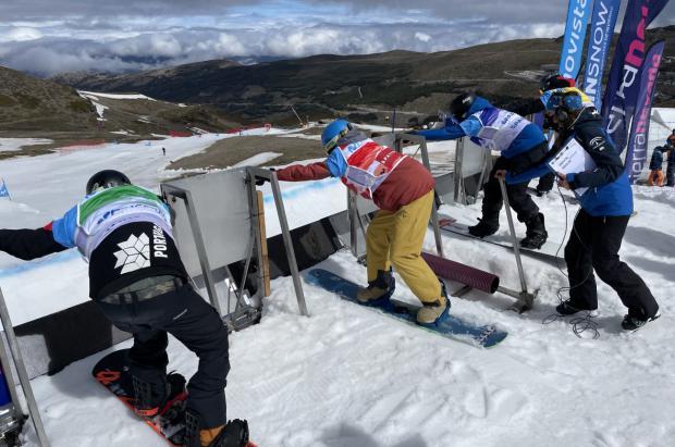 Alvaro Romero y Naia Aramendia vencedores en los Campeonatos de España SBX Absolutos en Sierra Nevada