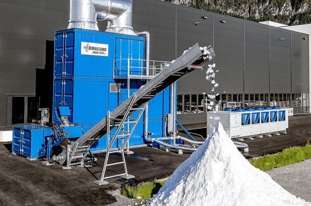 Presentan el primer cañón para fabricar nieve todo el año, independientemente de si hace frío