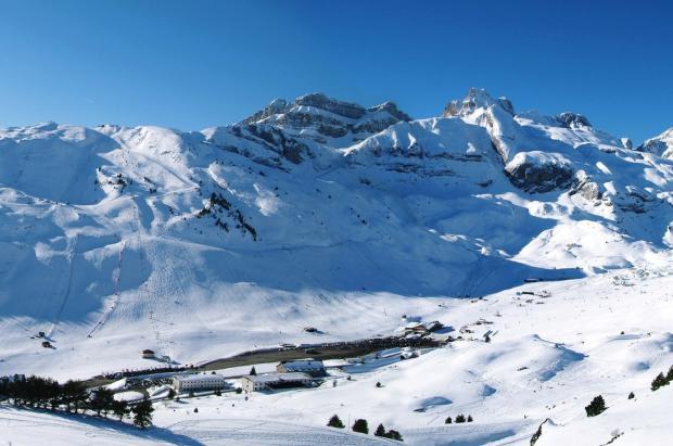 Imagen de la estación de esquí de Candanchú