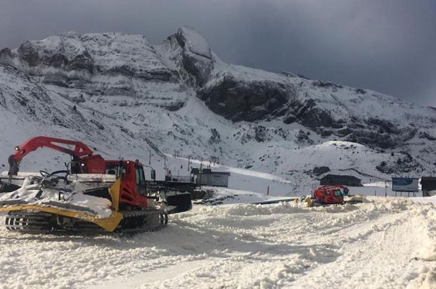 Las estaciones de esquí echan el resto para abrir el mayor número de pistas y remontes en Navidad