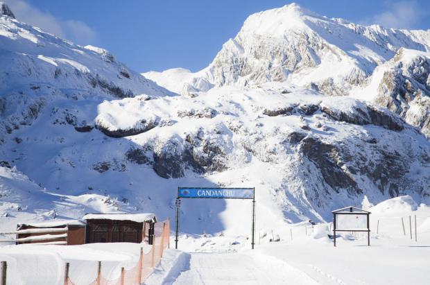 El Valle de Aragón respira y Candanchú se pone a preparar las pistas para abrir en diciembre
