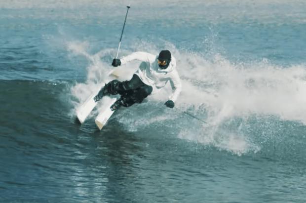 """Los secretos de Candide Thovex para """"surfear"""" olas con esquís en su nuevo vídeo"""