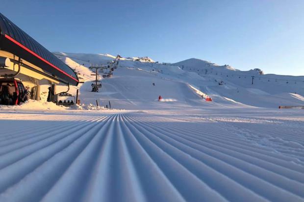 Las estaciones de esquí de Nueva Zelanda consiguen niveles récord de afluencia