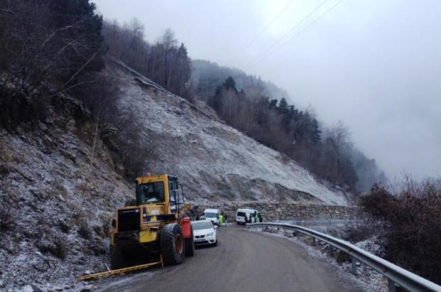 Reabierta la carretera de acceso a Port Ainé