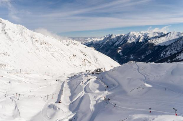 Las estaciones de Nuevos Pirineos abrirán el 100% por primera vez con un metro de nieve nueva