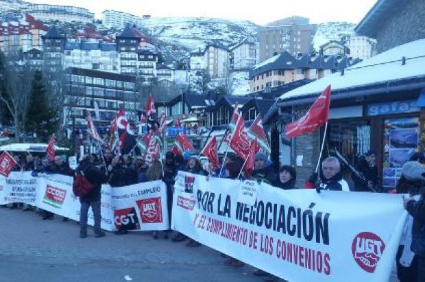 Trabajadores de Cetursa en huelga por los despidos