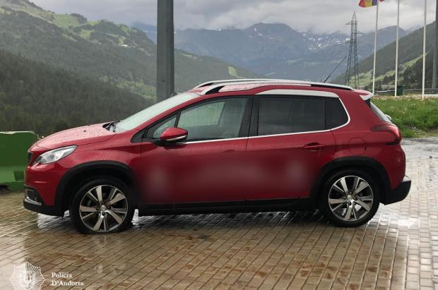 Un vehículo con matrícula española se salta la frontera entre España y Andorra y es perseguido