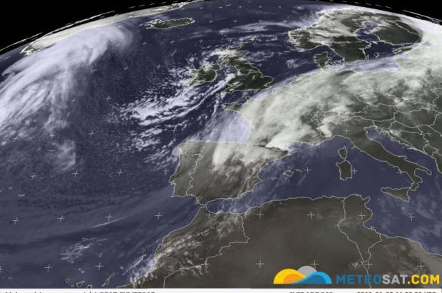 Frente activando las nevadas. Fuente Meteosat.com