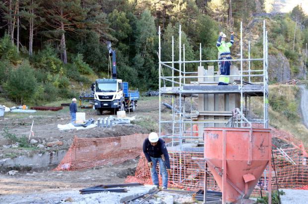 A punto la instalación del nuevo telesilla de La Roca de Espot para que esté listo en diciembre