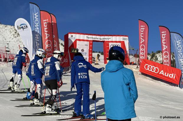El Club Esquí Llívia, flamante ganador de la Copa España Audi U16/14 en La Molina