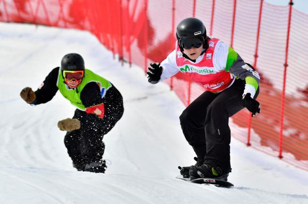 Astrid Fina brilla en el banked slalom de La Copa del Mundo IPC 2019 para-snowboard de La Molina