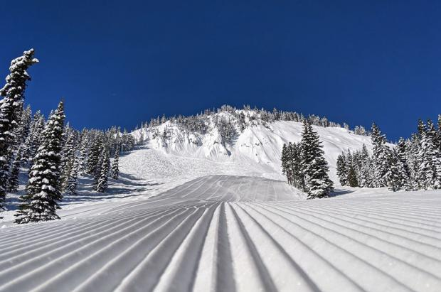 Crystal Mountain (Washington) abrirá para esquiar el 1 de junio