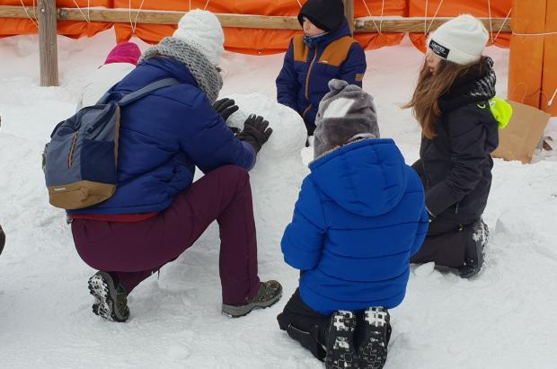 Las estaciones de FGC celebran el World Snow Day con actividades para todos los públicos