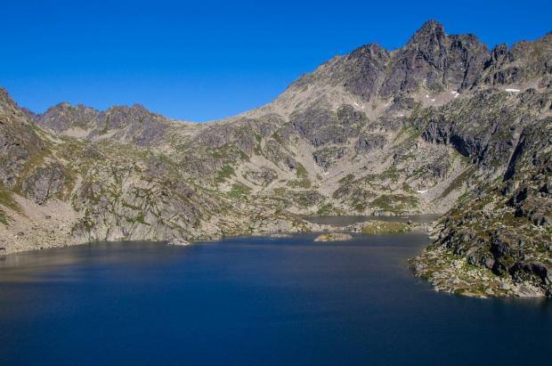 Muere un excursionista británico por una caída en el lago de Juclar, Andorra