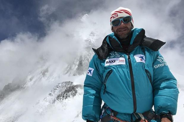 Ferran Latorre conquista el Everest y completa los catorce ochomiles