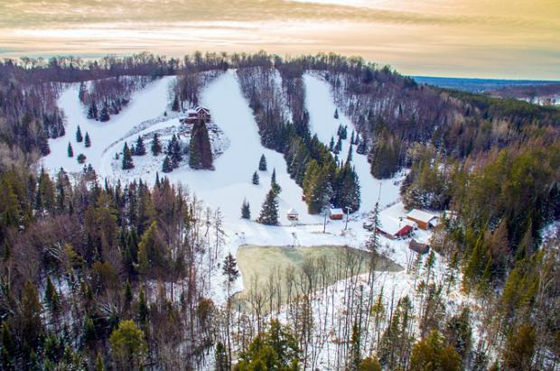 Se vende un chalet con estación de esquí incluida por 'sólo' un millón de euros, ¿quién se anima?