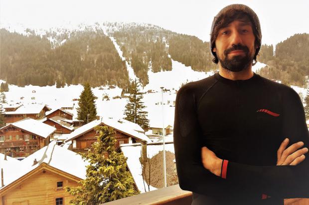 Fidel Alonso: un Pro de Snowboard en la época dorada de su carrera deportiva