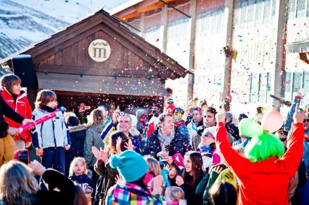 La magia de la navidad llega a las estaciones de Aramón