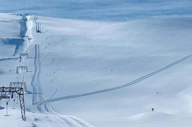 Las 3 estaciones con glaciar de Noruega rebosan nieve. Fonna llega a los 16,6 metros acumulados