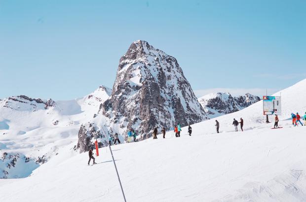 El Reino de Aramón celebra el World Snow Day y la reapertura de Javalambre