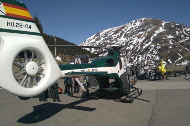 Fallece un esquiador riojano al caer por un barranco fuera de pistas cerca de Candanchú