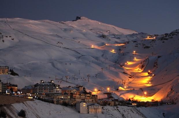 El esquí nocturno de Sierra Nevada crece hasta los 5,8 km con la incorporación de la pista Maribel