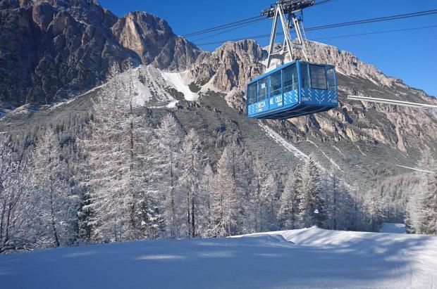 Cortina d'Ampezzo echa el resto con una nueva góndola y un teleférico pensando en los JJ.OO.