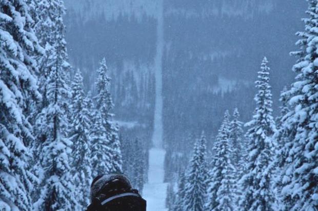 Un noruego intenta evitar la cuarentena esquiando 40 km desde Suecia