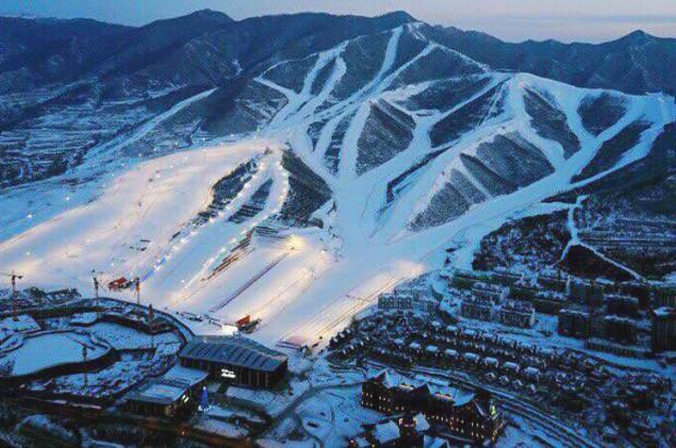 ¡El esquí se dispara en China! Ya cuenta con 742 estaciones y 13 millones de esquiadores