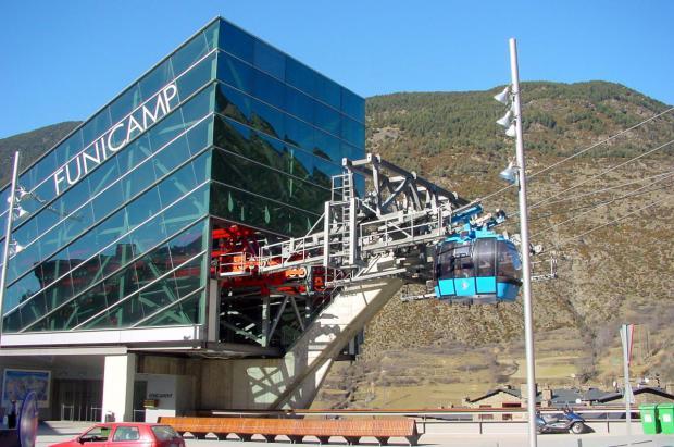 Los esquiadores que accedan a Grandvalira por el Funicamp tendrán parking gratuito