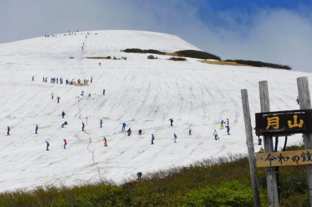 """Las 6 + 1 estaciones de esquí """"solo"""" de verano ya están abiertas"""