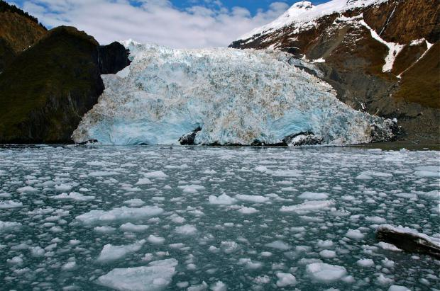 Estado de alerta por un glaciar de Alaska que amenaza con provocar un tsunami