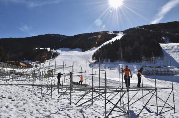Grandvalira inicia la instalación de las gradas de las Finales de la Copa del Mundo Andorra 2019
