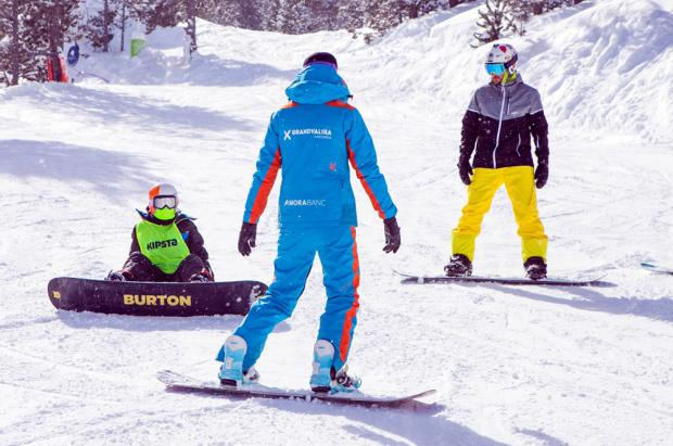 Los monitores de esquí andorranos reclaman ayudas como trabajadores despedidos