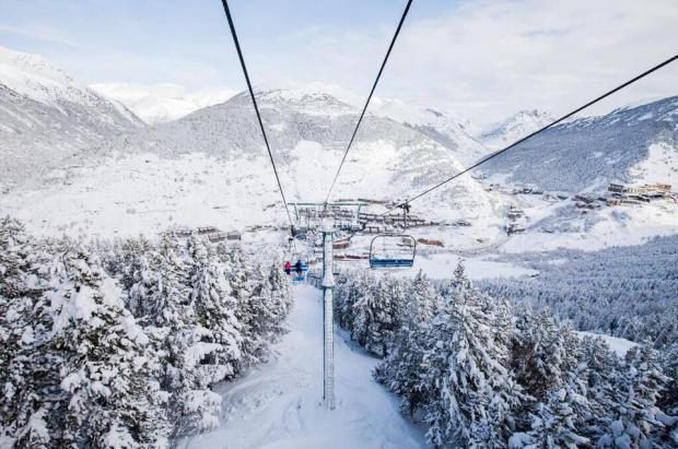 Grandvalira recibe 75 cm de nieve y prevé llegar a los 210 km esquiables